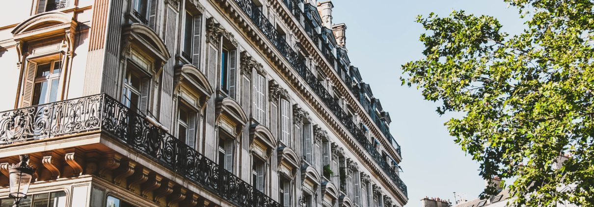 Dream-coach-bus-paris-location